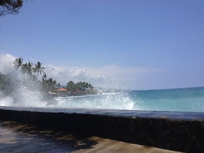 Sea wall on Alii Splash over